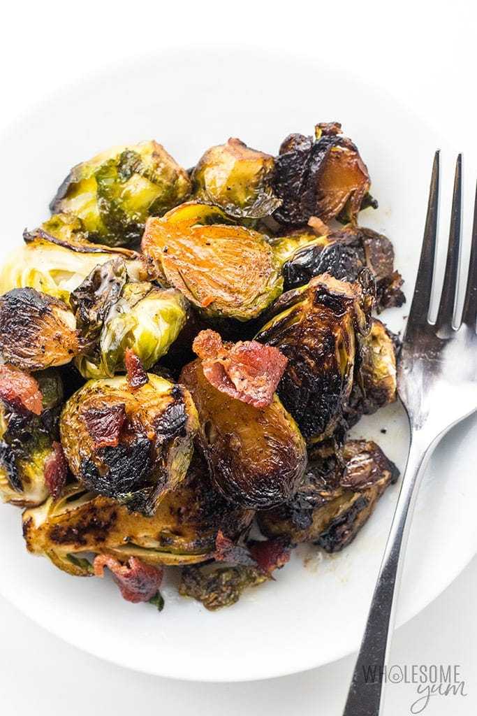Wholesomeyum crispy pan fried brussel sprouts recipe with bacon and balsamic vinegar 4 keto friendly